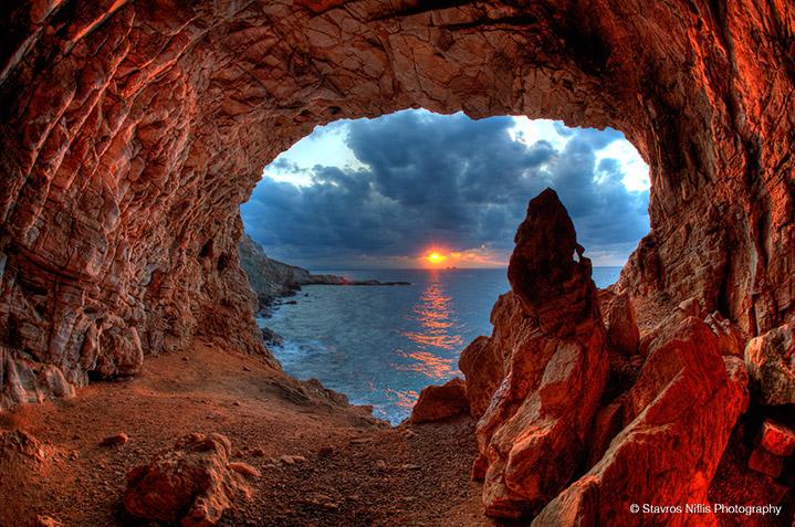 Archilochus cave