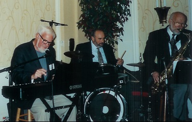 Bill with HS Reunion Band 2
